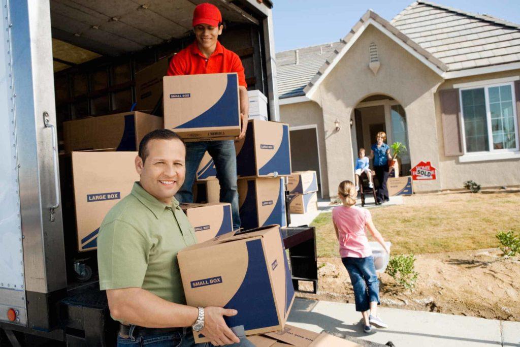 Почему лучше заказать услугу переезда под ключ у профессионалов
