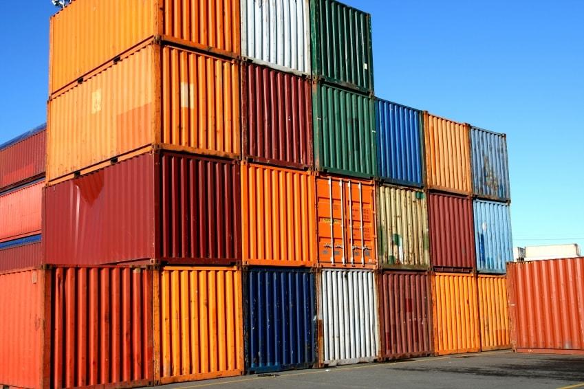 Бывшие в употреблении прочные и надежные морские контейнеры