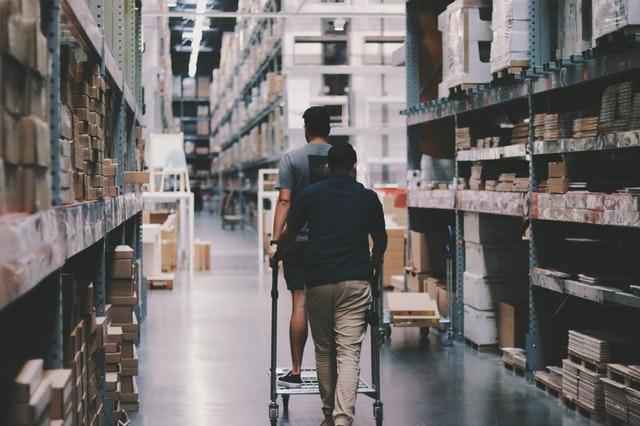 Из чего складывается стоимость при перевозке сборных грузов?